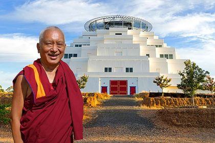 Rinpoche's Retreat Preparation